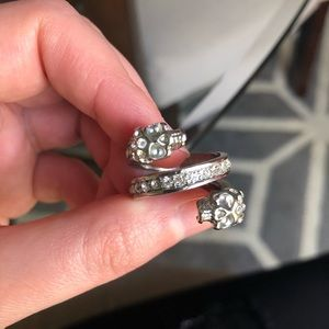 GUESS Double Skull Wrap Ring